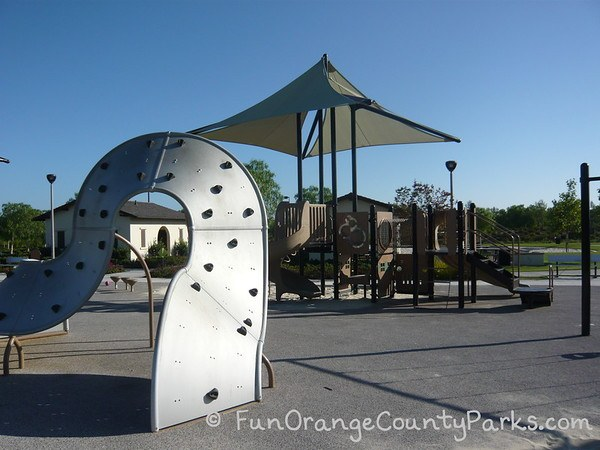 settlers park irvine climbing wall and play structure