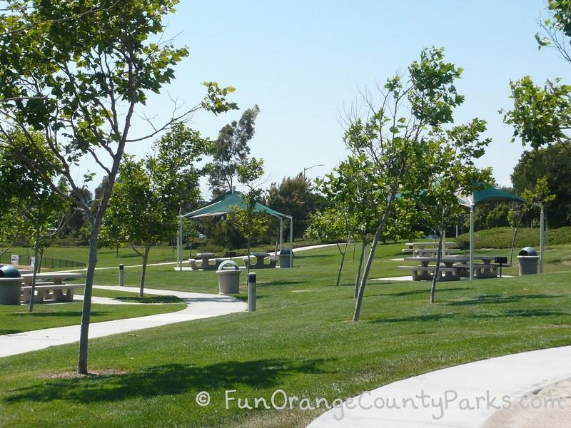 bonita canyon sports park newport beach covered picnic tables