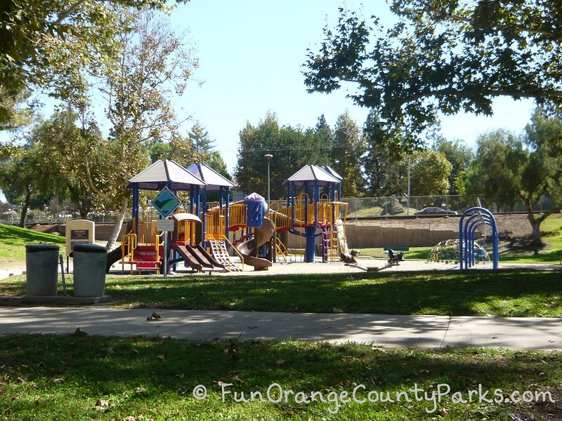 craig regional park fullerton - playground with dome