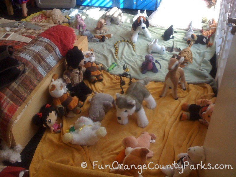 rainy day play ideas - stuffed animals