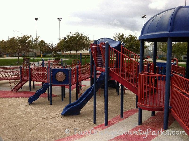 bill barber memorial park irvine - walkways and sand