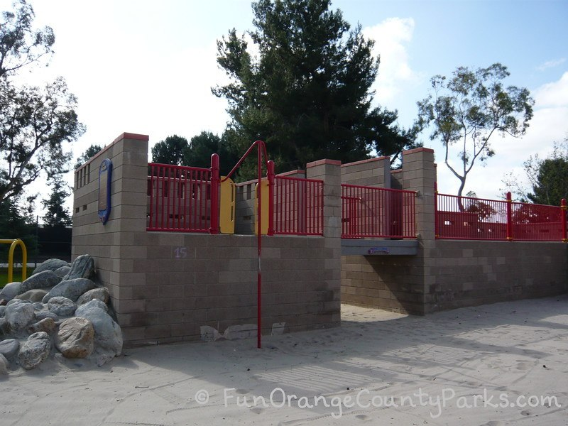 northwood community park irvine - castle wall for pretend play