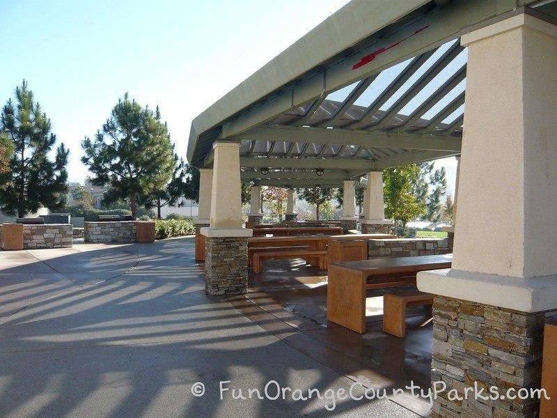 Picnic area at Laguna Hills Dino Park