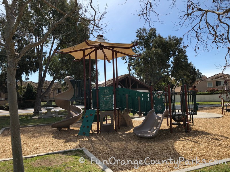 laurel glen park tustin - small playground