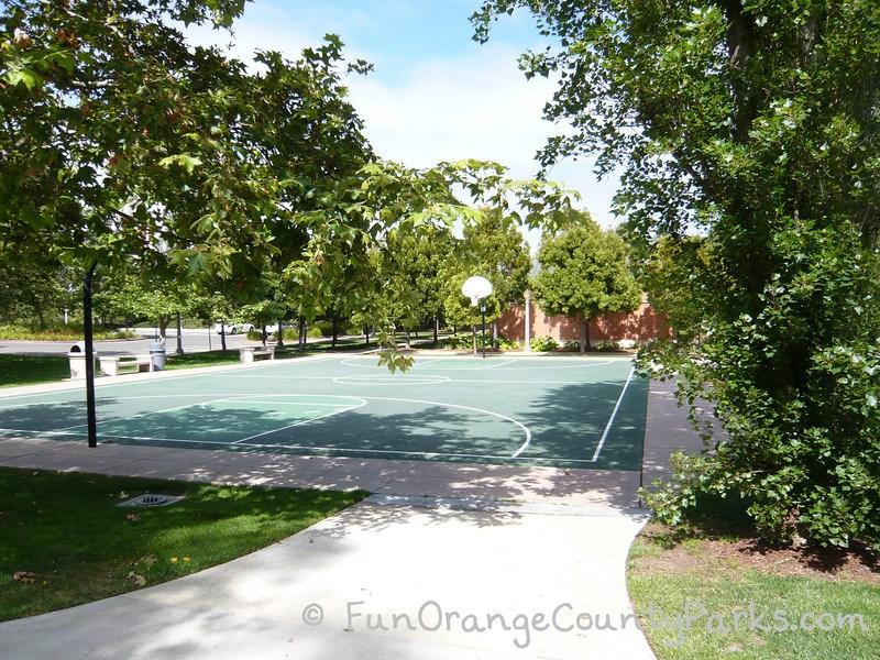 arroyo park newport beach basketball court