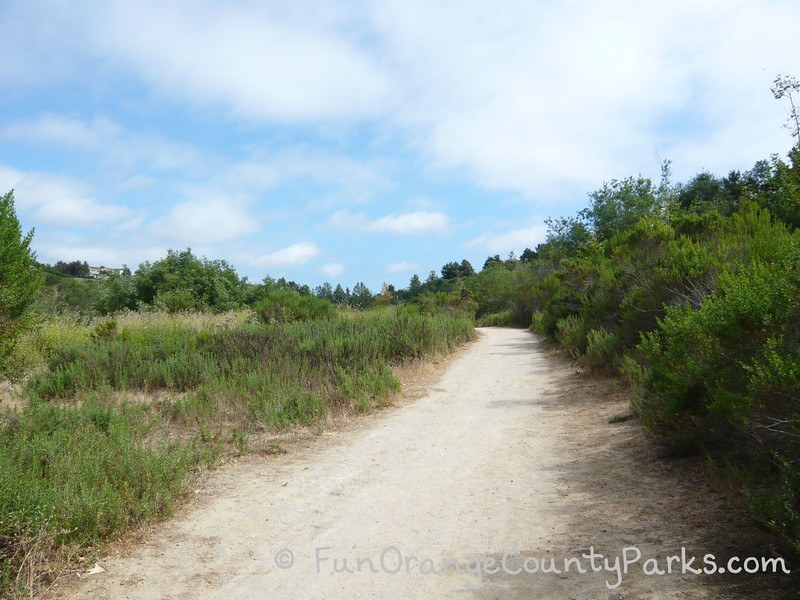 arroyo park newport beach hiking trail